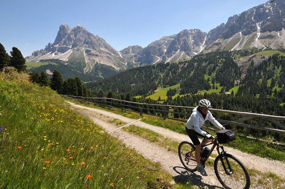Bike Vacations in Alto Adige-Bike Touring in an Alpine Landscape